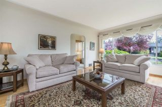 Photo 4: 8115 STRATHEARN Avenue in Burnaby: South Slope House for sale (Burnaby South)  : MLS®# R2282540
