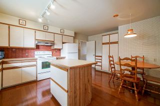 """Photo 9: 1283 PARKER Street: White Rock House for sale in """"EAST BEACH"""" (South Surrey White Rock)  : MLS®# R2562015"""