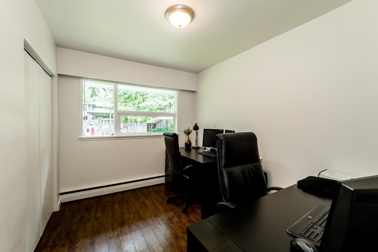 Photo 13: Photos: 1002 CLEMENTS Avenue in North Vancouver: Canyon Heights NV House for sale : MLS®# R2078694