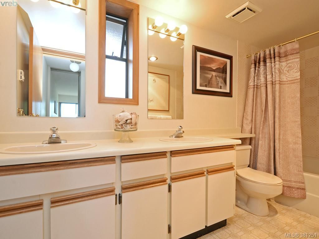 Photo 11: Photos: 26 10457 Resthaven Dr in SIDNEY: Si Sidney North-East Row/Townhouse for sale (Sidney)  : MLS®# 766051