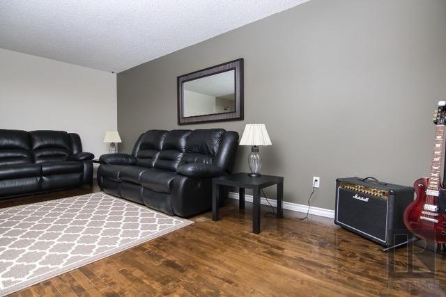 Photo 4: Photos: 306 1710 Taylor Avenue in Winnipeg: River Heights Condominium for sale (1D)  : MLS®# 1820539