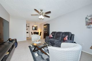 """Photo 5: 214 10662 151A Street in Surrey: Guildford Condo for sale in """"Lincoln Hill"""" (North Surrey)  : MLS®# R2501771"""