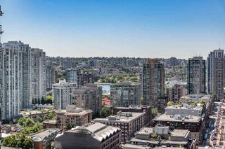 """Photo 7: 2308 928 HOMER Street in Vancouver: Yaletown Condo for sale in """"YALETOWN PARK"""" (Vancouver West)  : MLS®# R2181999"""