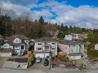 Photo 4: 2915 KEETS Drive in Coquitlam: Ranch Park House for sale : MLS®# R2558007