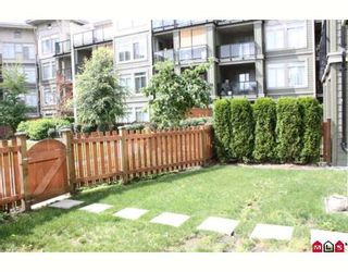"""Photo 7: 105 10180 153RD Street in Surrey: Guildford Condo for sale in """"CHARLTON PARK"""" (North Surrey)  : MLS®# F2919403"""