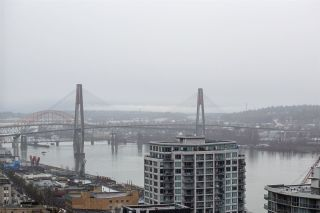 Photo 10: 3002 888 CARNARVON Street in New Westminster: Downtown NW Condo for sale : MLS®# R2431817