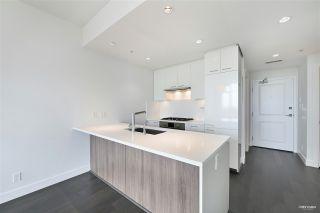 """Photo 6: 606 6383 CAMBIE Street in Vancouver: Oakridge VW Condo for sale in """"Forty Nine West"""" (Vancouver West)  : MLS®# R2506344"""