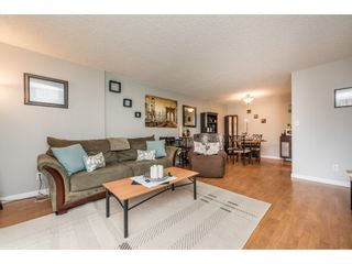 Photo 5: 106 5932 PATTERSON Avenue in Burnaby: Metrotown Condo for sale (Burnaby South)  : MLS®# R2148427