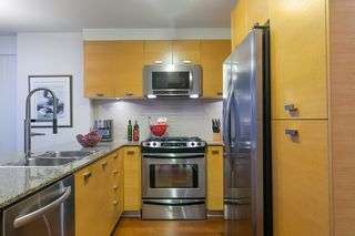 "Photo 12: 802 2483 SPRUCE Street in Vancouver: Fairview VW Condo for sale in ""Skyline"" (Vancouver West)  : MLS®# R2151780"