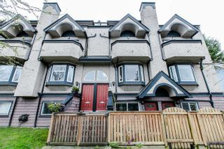 Photo 1: 2308 VINE Street in Vancouver: Kitsilano Townhouse for sale (Vancouver West)  : MLS®# R2039868