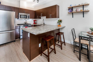 Photo 5: 1871 Stainsbury Avenue in Vancouver: Victoria VE Townhouse for sale (Vancouver East)  : MLS®# R2118664