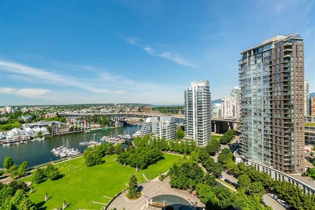 Main Photo: 2205 455 Beach Crescent in Vancouver: Yaletown Condo for sale (Vancouver West)  : MLS®# r2596921
