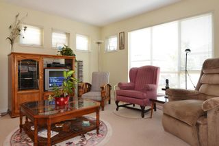 """Photo 10: 41 20350 68 Avenue in Langley: Willoughby Heights Townhouse for sale in """"SUNRIDGE"""" : MLS®# F1420781"""