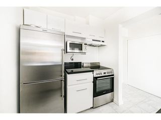 """Photo 11: 904 150 E 15TH Street in North Vancouver: Central Lonsdale Condo for sale in """"Lions Gate Plaza"""" : MLS®# R2583900"""