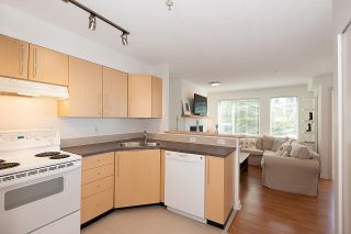 """Photo 7: 211 2768 CRANBERRY Drive in Vancouver: Kitsilano Condo for sale in """"ZYDECO"""" (Vancouver West)  : MLS®# R2598396"""