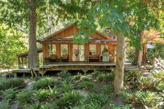Main Photo: 1467 Milstead Rd in : Isl Cortes Island House for sale (Islands)  : MLS®# 881937