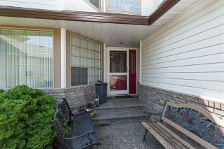 """Photo 5: 21630 45 Avenue in Langley: Murrayville House for sale in """"Murrayville"""" : MLS®# R2547090"""