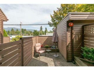 """Photo 12: 3345 MOUNTAIN Highway in North Vancouver: Lynn Valley Townhouse for sale in """"VILLAGE ON THE CREEK"""" : MLS®# V1141033"""