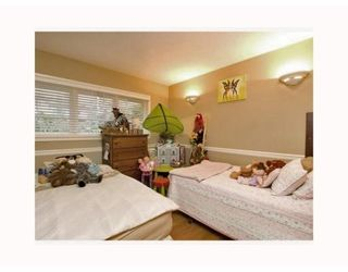 Photo 6: 1215 DORAN RD in North Vancouver: House for sale : MLS®# V816234