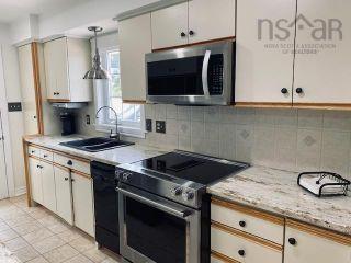 Photo 16: 631 Kings Road in Sydney: 201-Sydney Residential for sale (Cape Breton)  : MLS®# 202122049
