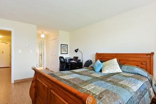 "Photo 15: 301 1531 MERKLIN Street: White Rock Condo for sale in ""Berkley Court"" (South Surrey White Rock)  : MLS®# R2306522"