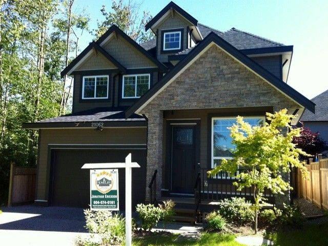 """Main Photo: 21062 77 Avenue in Langley: Willoughby Heights House for sale in """"YORKSON SOUTH"""" : MLS®# F1416767"""