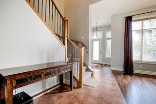 Photo 4: 2632 1 Avenue NW in Calgary: West Hillhurst Semi Detached for sale : MLS®# A1137222