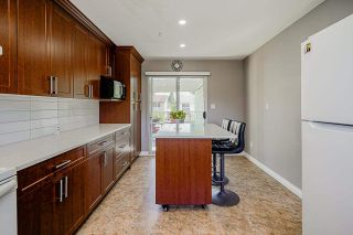 """Photo 10: 1928 HOMFELD Place in Port Coquitlam: Lower Mary Hill House for sale in """"LOWER MARY HILL"""" : MLS®# R2592934"""