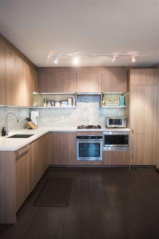 Photo 4: 807 13750 100 Avenue in Surrey: Whalley Condo for sale (North Surrey)  : MLS®# R2557475