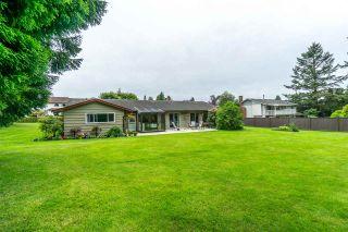 Photo 1: 20247 PATTERSON Avenue in Maple Ridge: Southwest Maple Ridge House for sale : MLS®# R2279033
