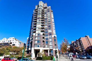 "Photo 20: 807 1003 PACIFIC Street in Vancouver: West End VW Condo for sale in ""Seastar"" (Vancouver West)  : MLS®# R2369392"