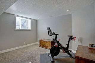 Photo 33: 6427 Larkspur Way SW in Calgary: North Glenmore Park Detached for sale : MLS®# A1079001