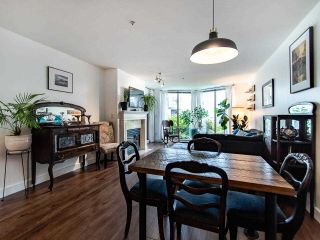 """Photo 17: 313 60 RICHMOND Street in New Westminster: Fraserview NW Condo for sale in """"GATEHOUSE PLACE"""" : MLS®# R2500986"""