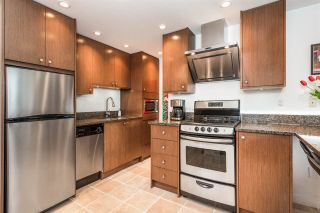 """Photo 3: 1204 1250 BURNABY Street in Vancouver: West End VW Condo for sale in """"THE HORIZON"""" (Vancouver West)  : MLS®# R2425959"""