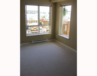 """Photo 3: 226 5600 ANDREWS Road in Richmond: Steveston South Condo for sale in """"LAGOONS"""" : MLS®# V655843"""
