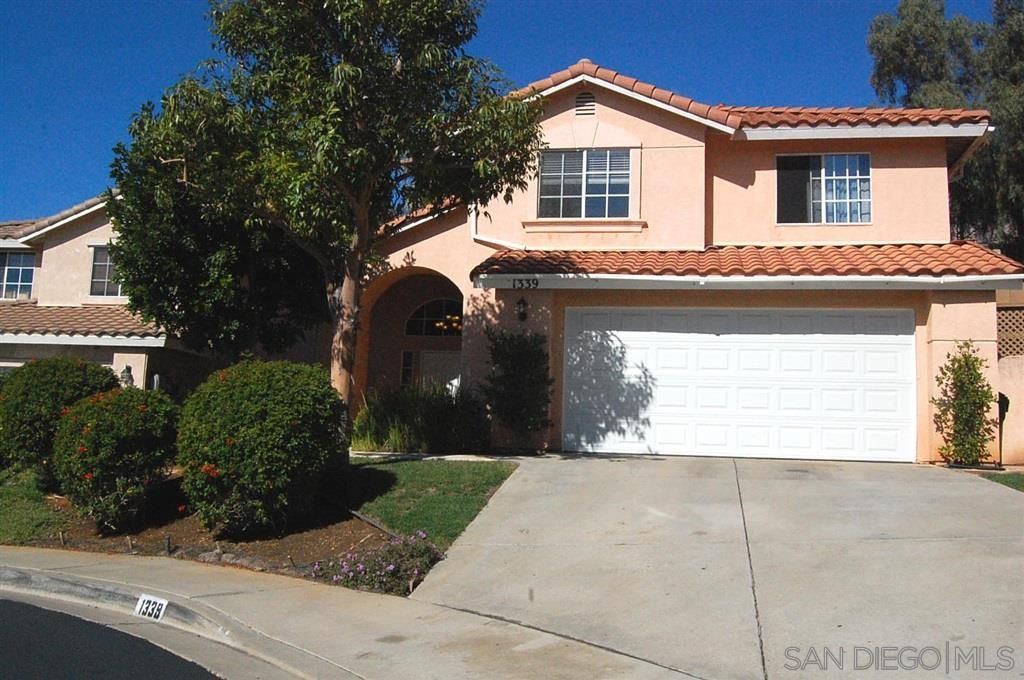 Main Photo: EL CAJON House for sale : 4 bedrooms : 1339 Navello Terrace