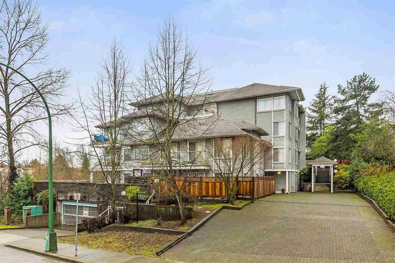 FEATURED LISTING: 201 - 11671 FRASER Street Maple Ridge