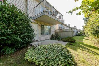 """Photo 18: 25 2023 WINFIELD Drive in Abbotsford: Abbotsford East Townhouse for sale in """"Meadow View"""" : MLS®# R2106791"""