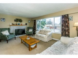 Photo 3: 2146 BAKERVIEW Street in Abbotsford: Abbotsford West House for sale : MLS®# R2244613