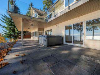 "Photo 8: 7101 DALE Road in Sechelt: Sechelt District House for sale in ""Caleda Estates"" (Sunshine Coast)  : MLS®# R2515160"