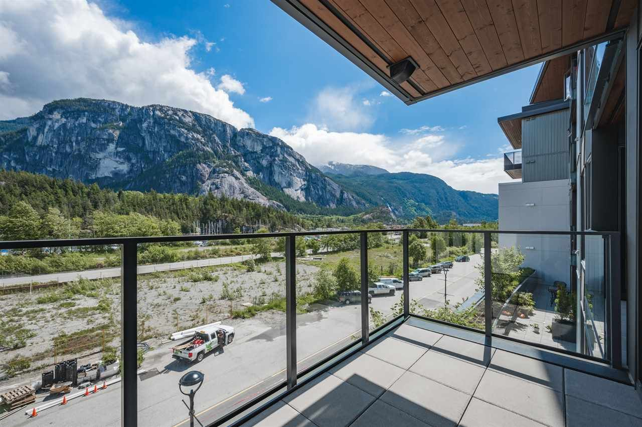Photo 8: Photos: 410 37881 CLEVELAND Avenue in Squamish: Downtown SQ Condo for sale : MLS®# R2454752