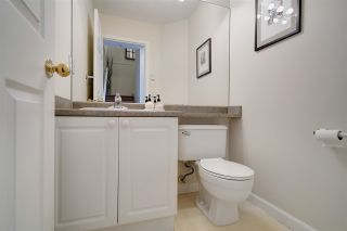 """Photo 8: 1 6588 SOUTHOAKS Crescent in Burnaby: Highgate Townhouse for sale in """"TUDOR GROVE"""" (Burnaby South)  : MLS®# R2343498"""