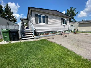 Main Photo: 405 3223 83 Street NW in Calgary: Greenwood/Greenbriar Mobile for sale : MLS®# A1121511
