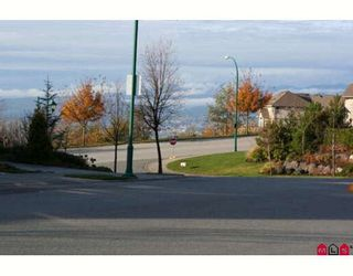 """Photo 18: 3360 HARVEST Drive in Abbotsford: Abbotsford East House for sale in """"THE HIGHLANDS"""" : MLS®# F2832214"""