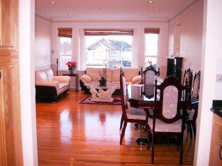 Photo 2: 3040 E 4TH AV in Vancouver: Home for sale : MLS®# V579539