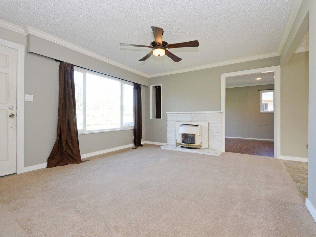 Photo 5: Photos: 11632 STEEVES Street in Maple Ridge: Southwest Maple Ridge House for sale : MLS®# R2495185