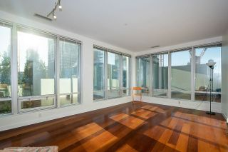 "Photo 3: 307 989 NELSON Street in Vancouver: Downtown VW Condo for sale in ""ELECTRA"" (Vancouver West)  : MLS®# R2527877"