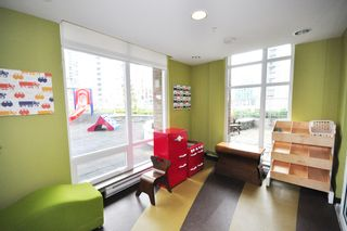 Photo 7: 806 535 SMITHE STREET in : Downtown VW Condo for sale (Vancouver West)  : MLS®# V995226
