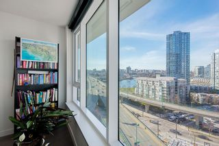 """Photo 16: 1210 68 SMITHE Street in Vancouver: Downtown VW Condo for sale in """"ONE Pacific"""" (Vancouver West)  : MLS®# R2405438"""