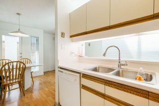 """Photo 13: 9 503 E PENDER Street in Vancouver: Strathcona Townhouse for sale in """"JACKSON GARDENS"""" (Vancouver East)  : MLS®# R2370928"""